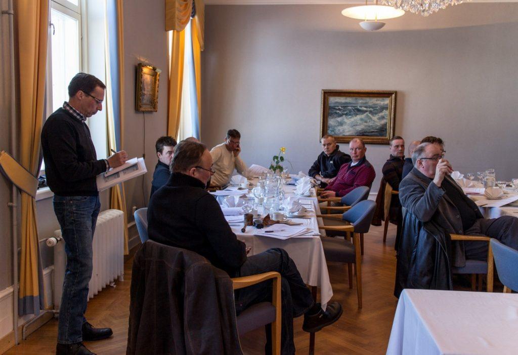 Årsmötet 22.3.2013 i Björneborg godkände efter diskussion en ny strategi för näringen. Bild: Markku Saiha.